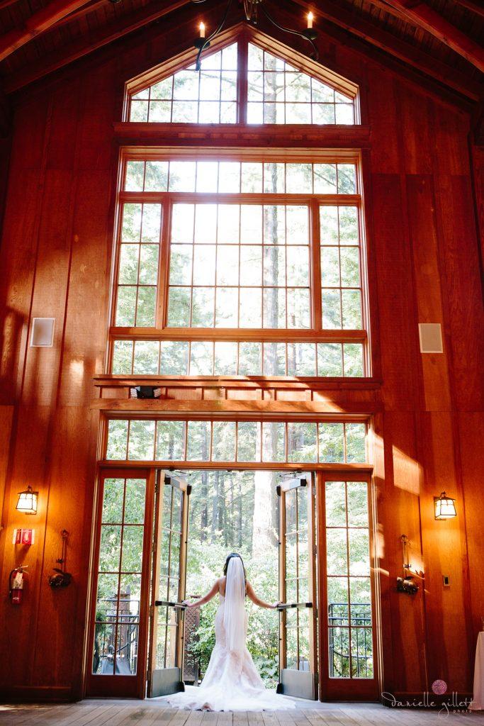 Nestldown Wedding, Bride in Nestldown Barn
