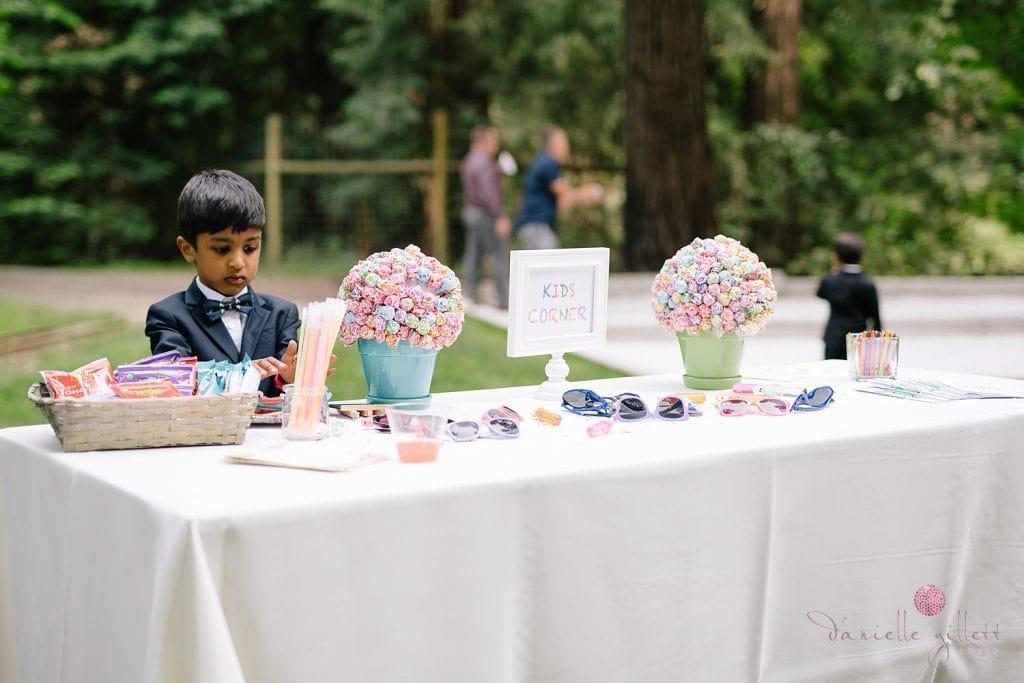 Nestldown Wedding, kids table at Nestldown