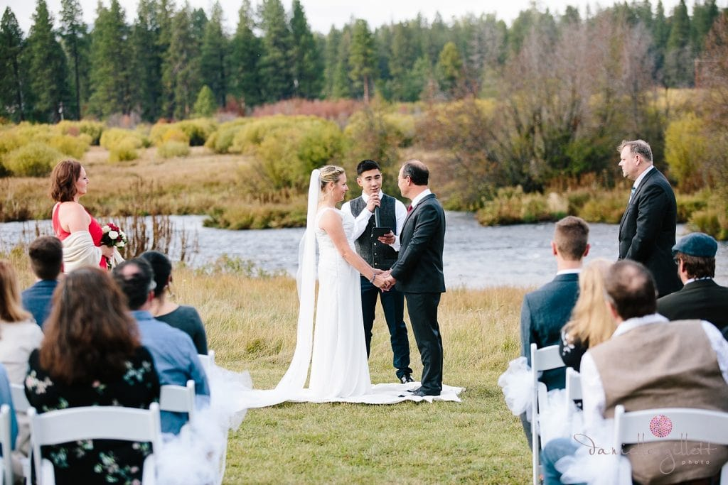 Central Oregon wedding at House on Metolious. Fall Wedding. Ceremony in field by the Metolious River