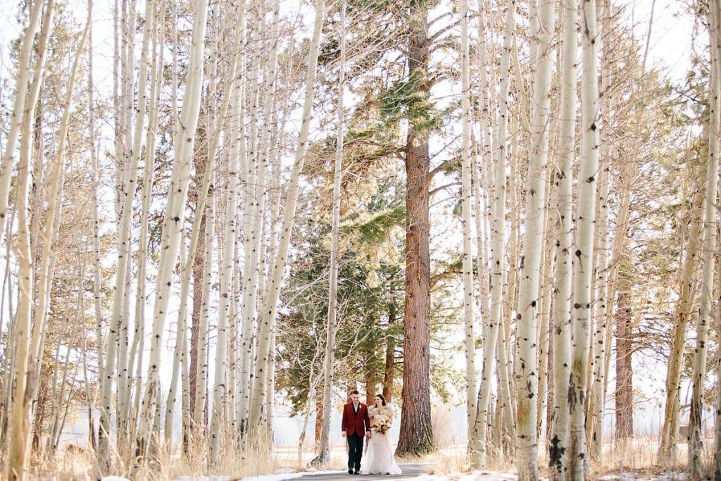 Bend Wedding Photography. Black Butte Ranch Wedding. Bride and Groom. Bend Winter Wedding