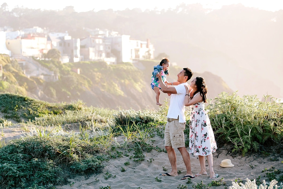 Outdoor Family Photos | Beach Family Photography