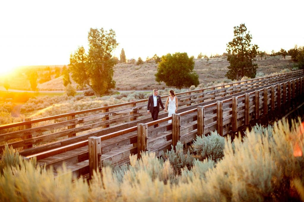 Bend Oregon Wedding Photography.Brasada Ranch Wedding Photos. Bride and Groom Wedding Photos in Central Oregon